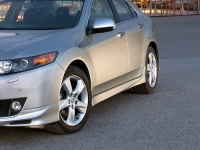 Накладки на пороги Type S для Honda Accord 8