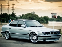 Обвес M-TECHNIK BMW 5 E34