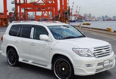Обвес Branew для Toyota Land Cruiser 200 дорестайлинг